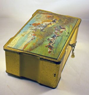 Lockable Tin with Hunting scene 1950s