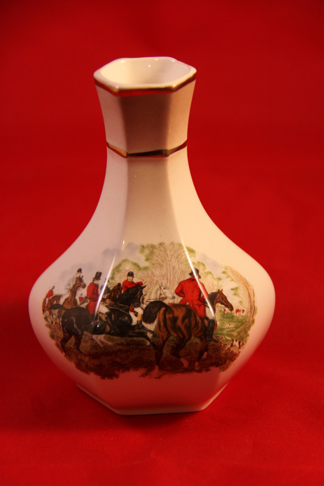 Hunting Memories Palissy A Royal Worcester Company Petite Range